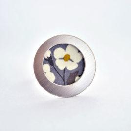 bague tissu japonnais fleur gris