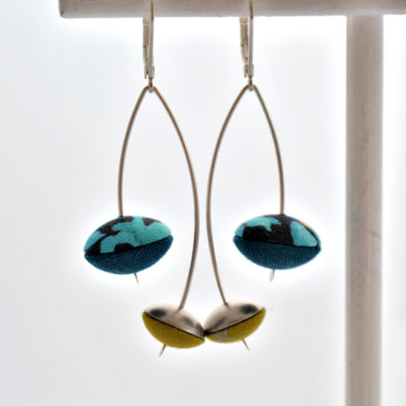 boucles d'oreille creises bleu ibiscus moutarde